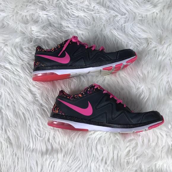 Zapatos Nike Air Negro Sculpt Tr2 Pink Laces Negro Air Tennis Poshmark bd4af7